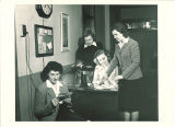 Women checking mail in Eastlawn, The University of Iowa, 1948