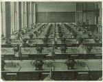 Freshmen laboratory at Trowbridge Hall, The University of Iowa, between 1917 and 1920