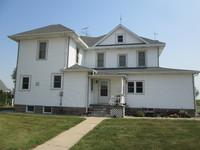 003, White farmhouse on Tyden Farm #6