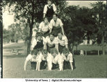 Human pyramid, The University of Iowa, 1927