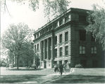 Students near northeast corner of Macbride Hall, the University of Iowa, 1950s?