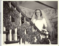 Frindy Gronen on White house staircase on wedding day