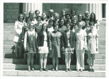 School of Library Science graduates and faculty, The University of Iowa, May 1971