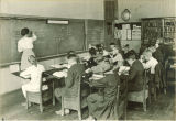 Spelling class in Old Dental Building, The University of Iowa, 1919