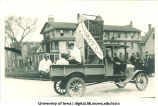 Pharmacists' float in Mecca Day parade, The University of Iowa, 1921