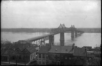 BR 210  MacArthur bridge over Main street