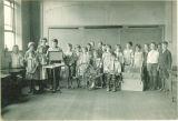 Classroom spinning demonstration, The University of Iowa elementary school, 1920s