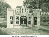 Castle Homecoming decoration on Iowa Avenue, The University of Iowa, 1932
