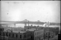 BR 211  MacArthur bridge over Columbia street