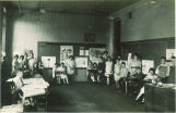Elementary science class in Old Dental Building, The University of Iowa, 1920s