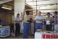 1998 - Stan Nelson wins Owner/Operator Award at Ag Expo