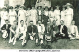 Men and women at reunion, The University of Iowa, 1910s
