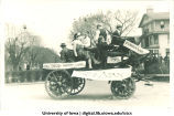 Mecca Day parade float, The University of Iowa, 1921