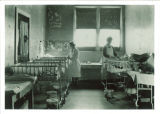 Pediatrics ward in Children's Hospital, The University of Iowa, 1926