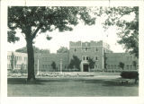 Quadrangle Hall courtyard, the University of Iowa, August 1928