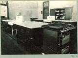 High school home economics classroom, The University of Iowa, 1926