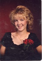 1998 - Patricia Honson Receives Scholarship