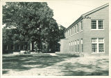 Law Commons courtyard, the University of Iowa, 1940s?
