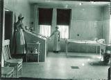 Hydrotherapy in Seashore Hall, the University of Iowa, 1910