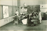Geography class in Old Dental Bulding, The University of Iowa, 1919