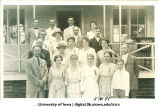 People gathered for reunion, The University of Iowa, 1910s