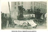 Mecca Day parade floats, The University of Iowa, 1914