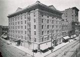 Locust Street, Chamberlain Hotel