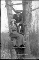 "UP526 ""Mr & Mrs St Peter, Nov 3, 1915"""