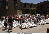 Volunteers sandbag outside Lindquist Center, The University of Iowa, June 13, 2008