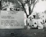 Delta Delta lawn display, Homecoming, 1951