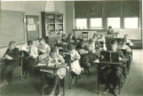 Elementary classroom in Old Dental Building, The University of Iowa, 1919