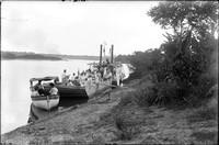 "LR 332  Party on barge ""Lassie"""