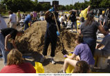 Volunteers help make sandbags, The University of Iowa, June 10, 2008