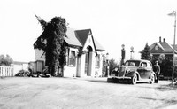 Reither's DX Gas Station 1936