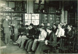 Dean Wilbur J. Teeters with pharmacognosy class,The University of Iowa, 1930s