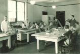 Museum methods class, The University of Iowa, 1920s