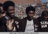 Drake Relays, 1970, Curtis Mills